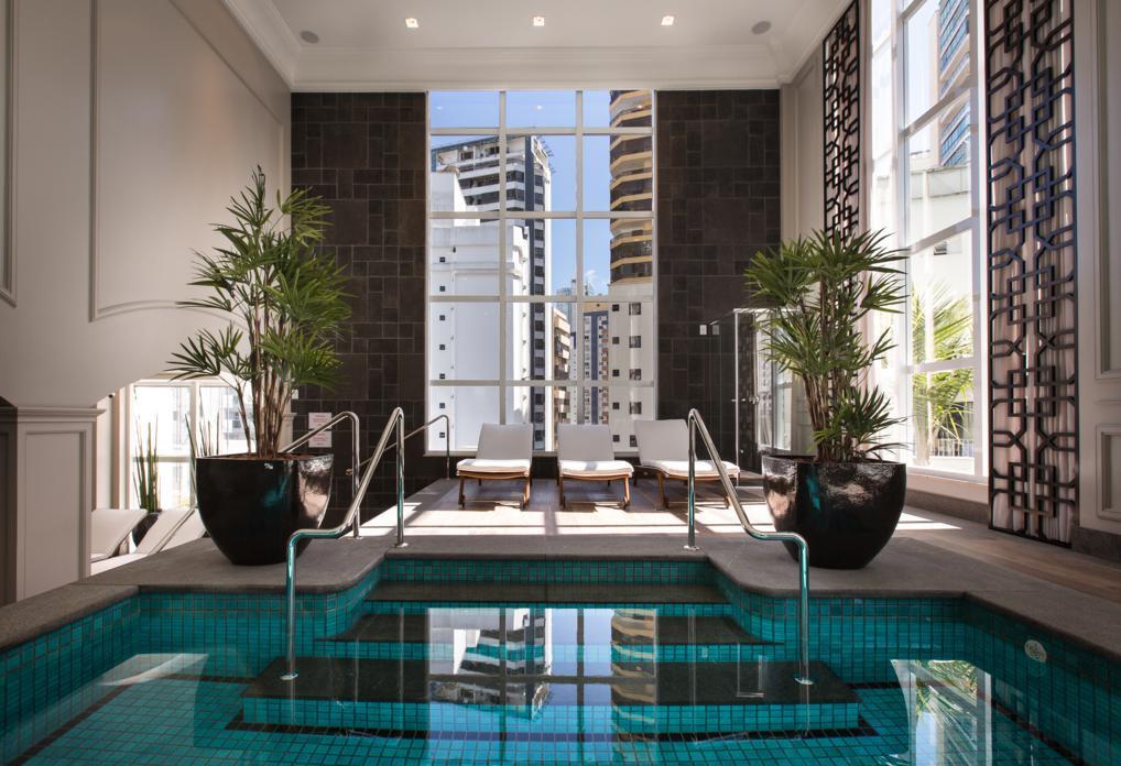 acqualina-residence-lazer-piscina-interna-detalhe.jpg